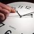 Когда украинцам нужно перевести часы на летнее время